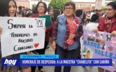 """Homenaje de despedida: a la maestra """"Chabelita"""" con cariño"""
